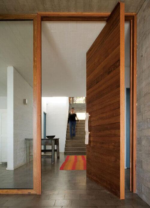 Porta Pivotante Moderna