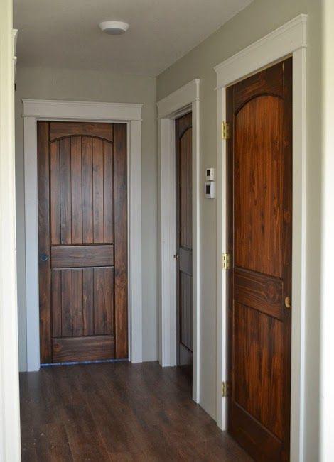 Porta de Madeira Desenhada