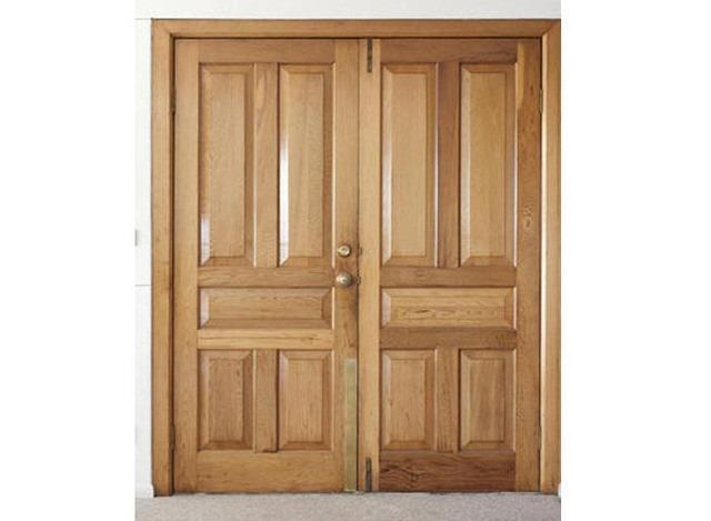 Porta de Madeira Maciça de Almofada